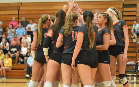 Varsity volleyball season ends with 25 wins