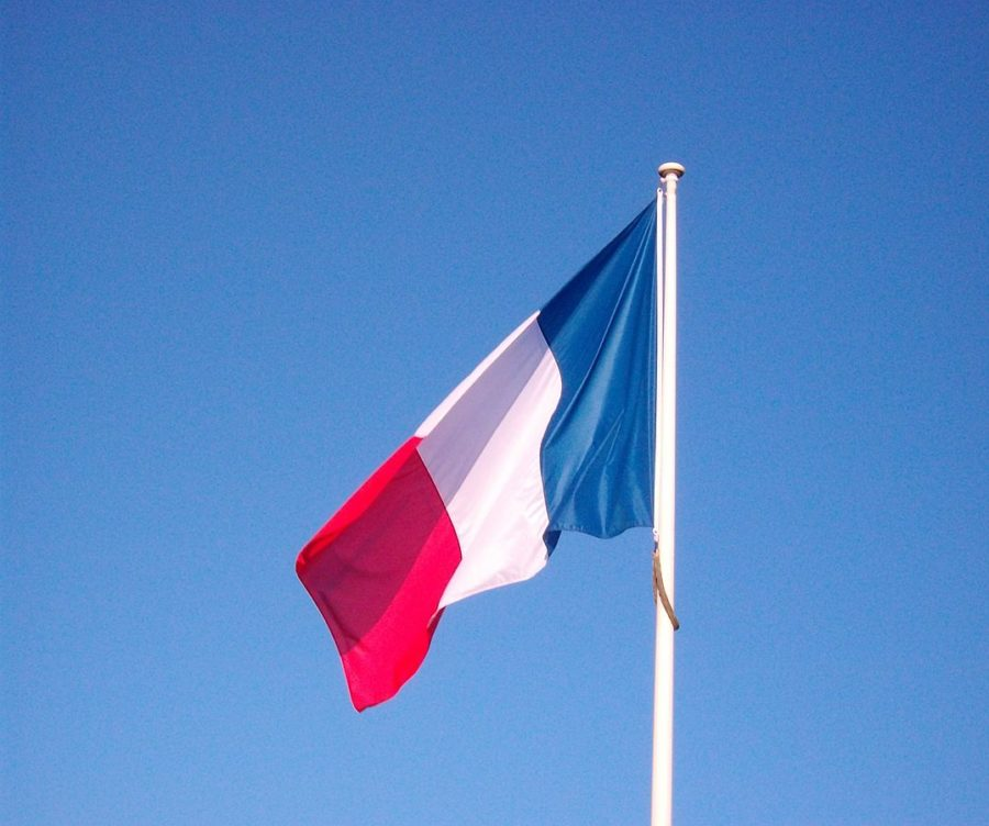Students+experience+French+culture+in+FNHS